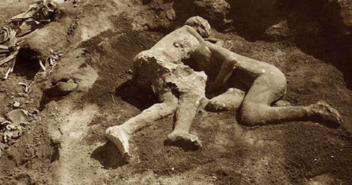 Scavi di Pompei: le analisi rivelano che il calco è un abbraccio ... - amalfinotizie.it