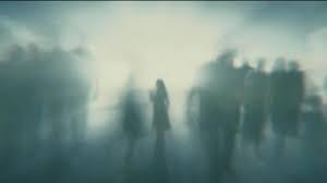 "L'aldilà in una scena del film ""Hereafter"", in cui la protagonista (Cécile de France) vive una NDE."
